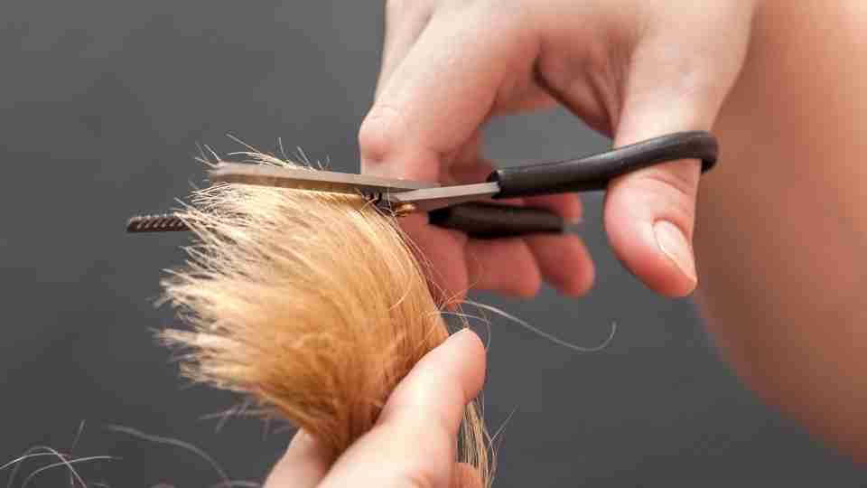 Dream of Cutting Hair 47 Scenarios & Its Meanings