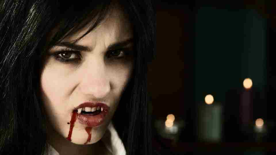 Dream About Vampires - 57 Dream Plots & It's Meanings